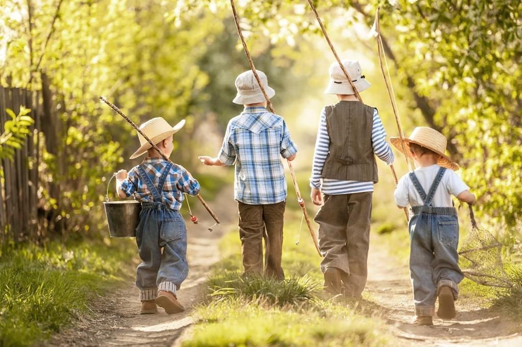 Deti na prechádzke